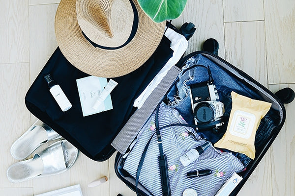 Things That Keep You Organized and Reduce Stress When You Travel