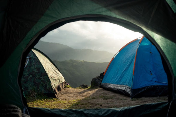 How to Keep Daylight Out of Tent?