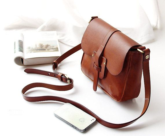 How to clean different materials handbags?