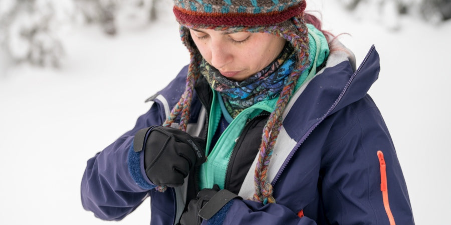 Clothing and Gear Tips for Cold-Weather Hiking