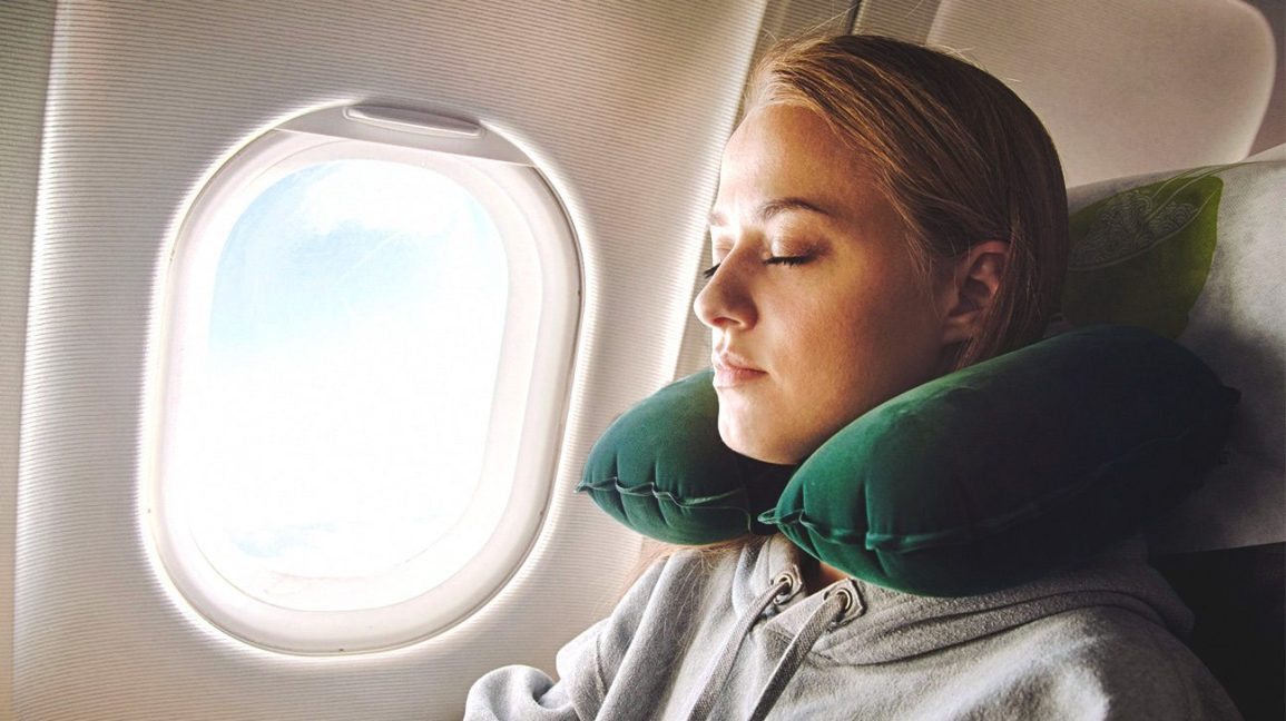 How to Prepare for a Long Flight?