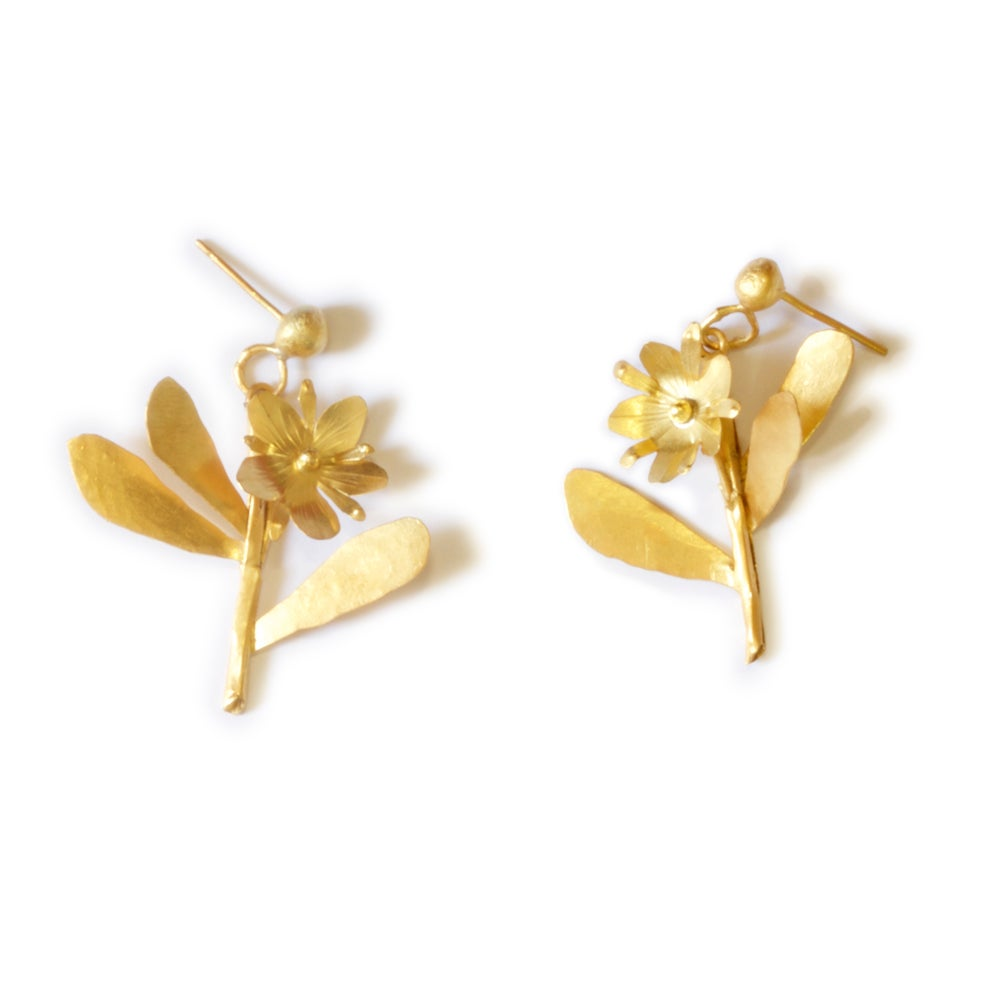 Sprig Earrings - Golden
