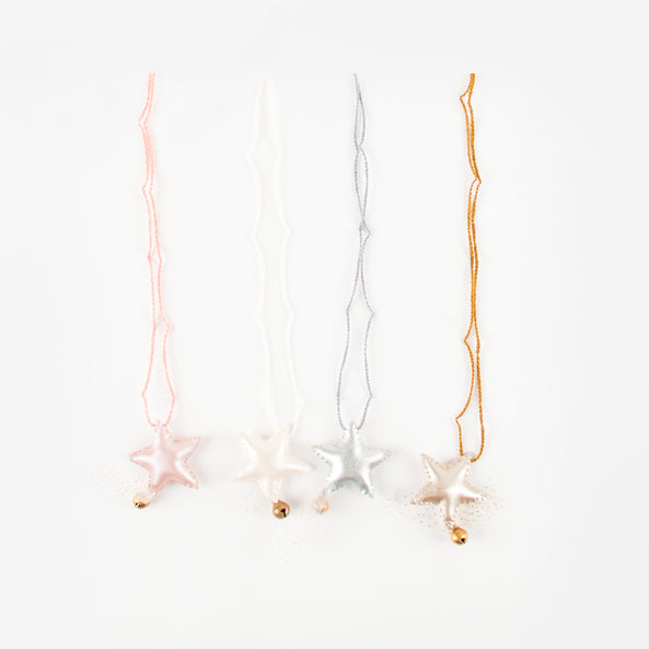 1 Necklace - Iridescent star