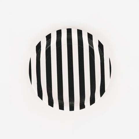 8 black striped paper plates