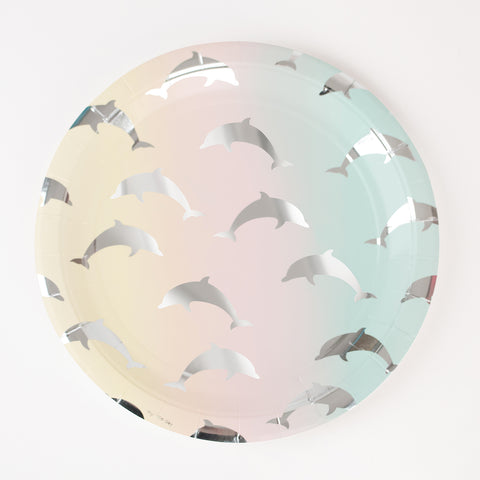 8 paper plates - Dolphins