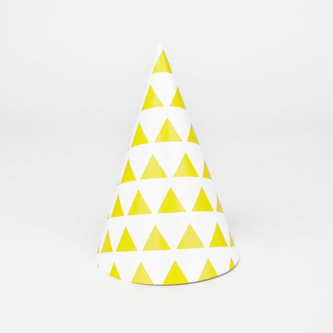 8 party hats - Yellow triangles