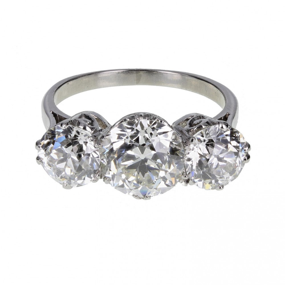 1920s Traditional Three Stone Diamond Ring in Platinum