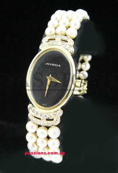 Juvenia lady\'s watch in 18KYG with Diamonds & Pearls