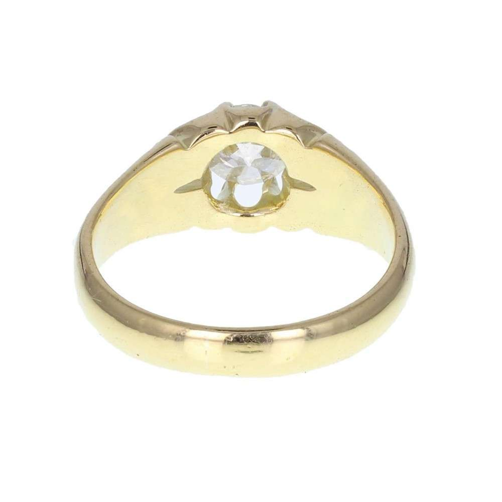 Carved Setting Diamond Solitaire Ring