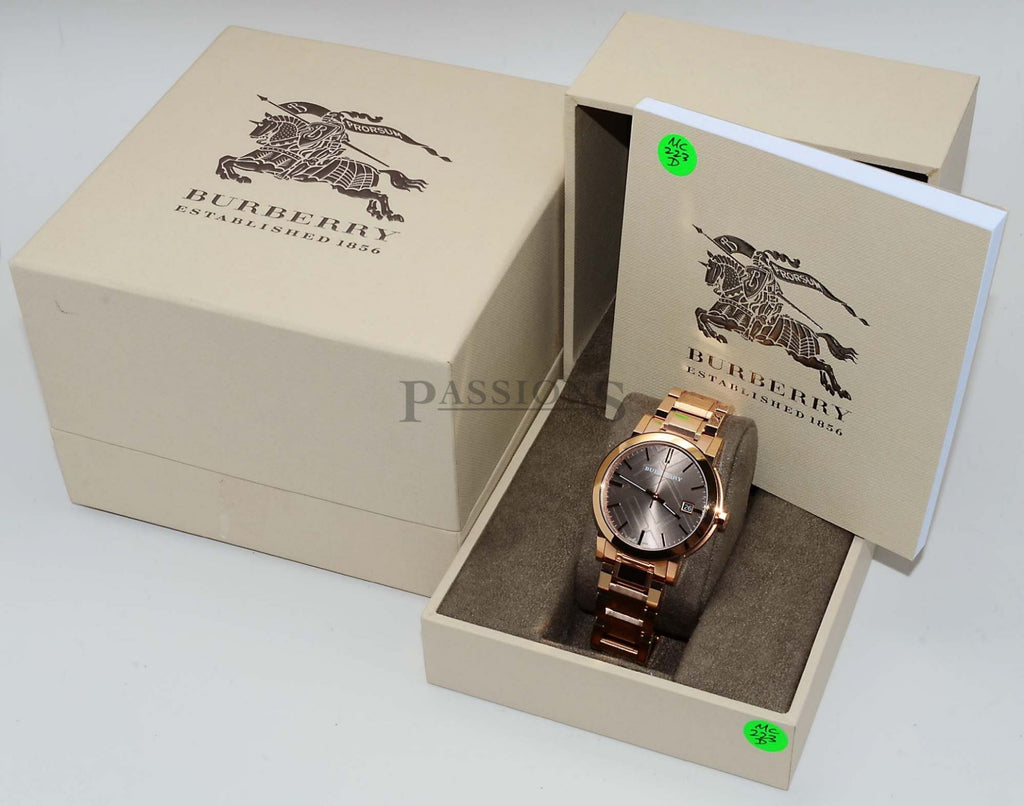 Burberry, Classic round in 18KPG plated