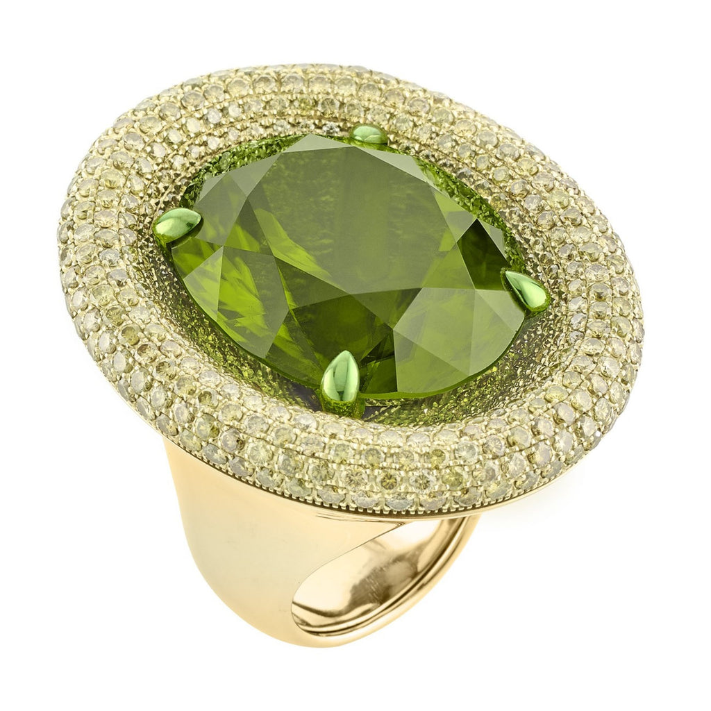 PERIDOT AND YELLOW DIAMONDS RING