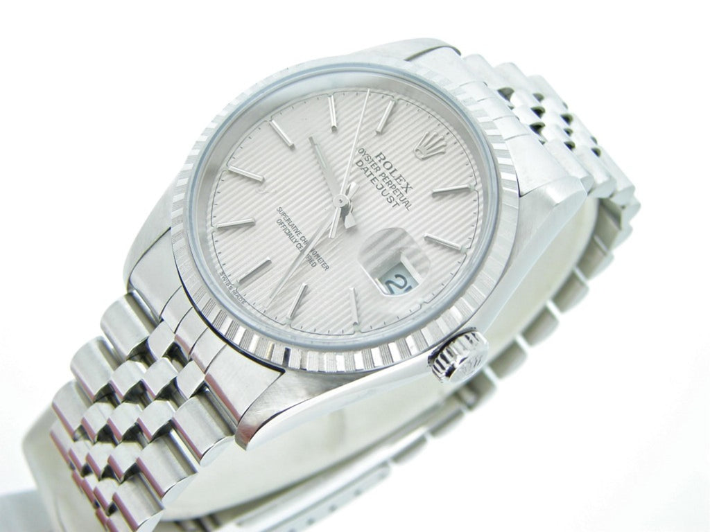 Pre Owned Mens Rolex Stainless Steel Datejust with a Silver Tapestry Dial 16220