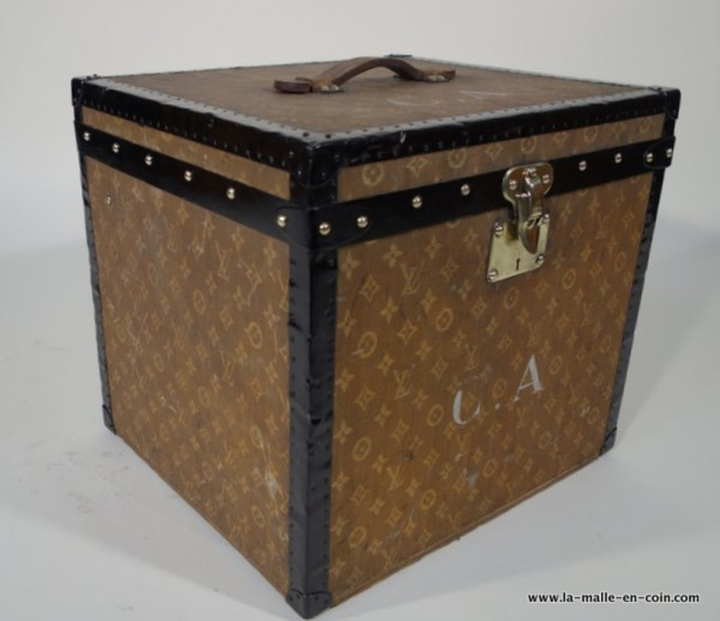 1900s Louis Vuitton Woven Monogram Hat Trunk with Key