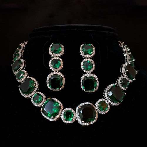 Emerald Necklace Set