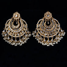 Load image into Gallery viewer, Kundan & Gold Earrings - White
