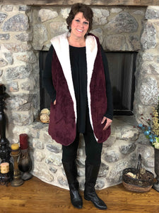 Outerwear Kiely - Burgundy - The Ruby Lotus Boutique