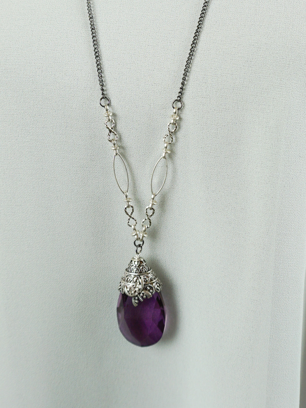 San Marino - Long Chain Necklace - Amethyst