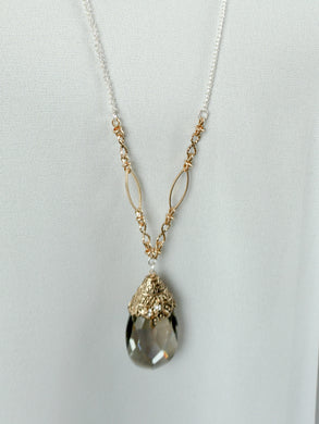 San Marino - Long Chain Necklace - Smokey Gray