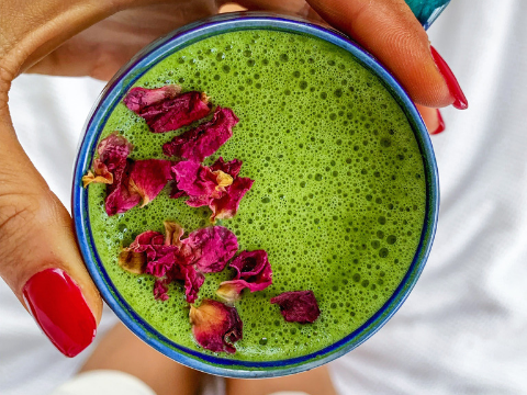 Matcha Latte with Rose Petals