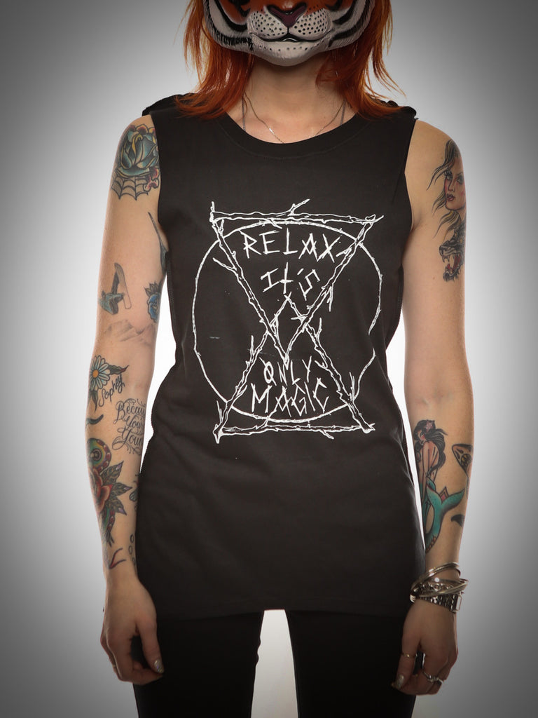 Relax Muscle Tee