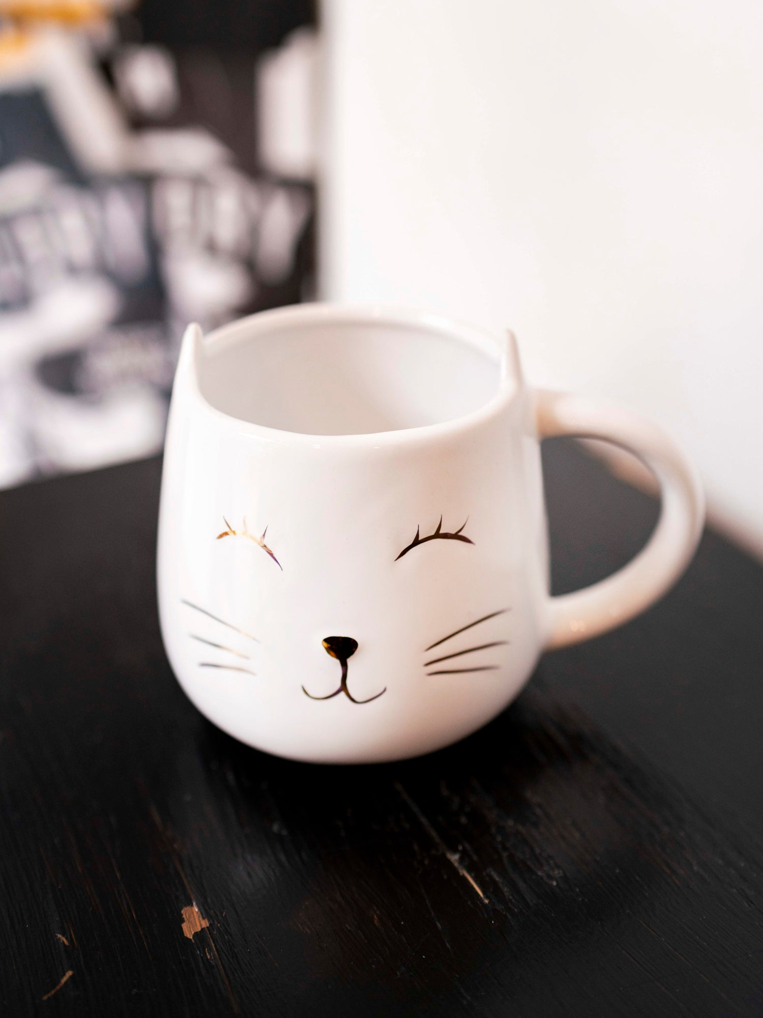Eve Kitty Mini Mug