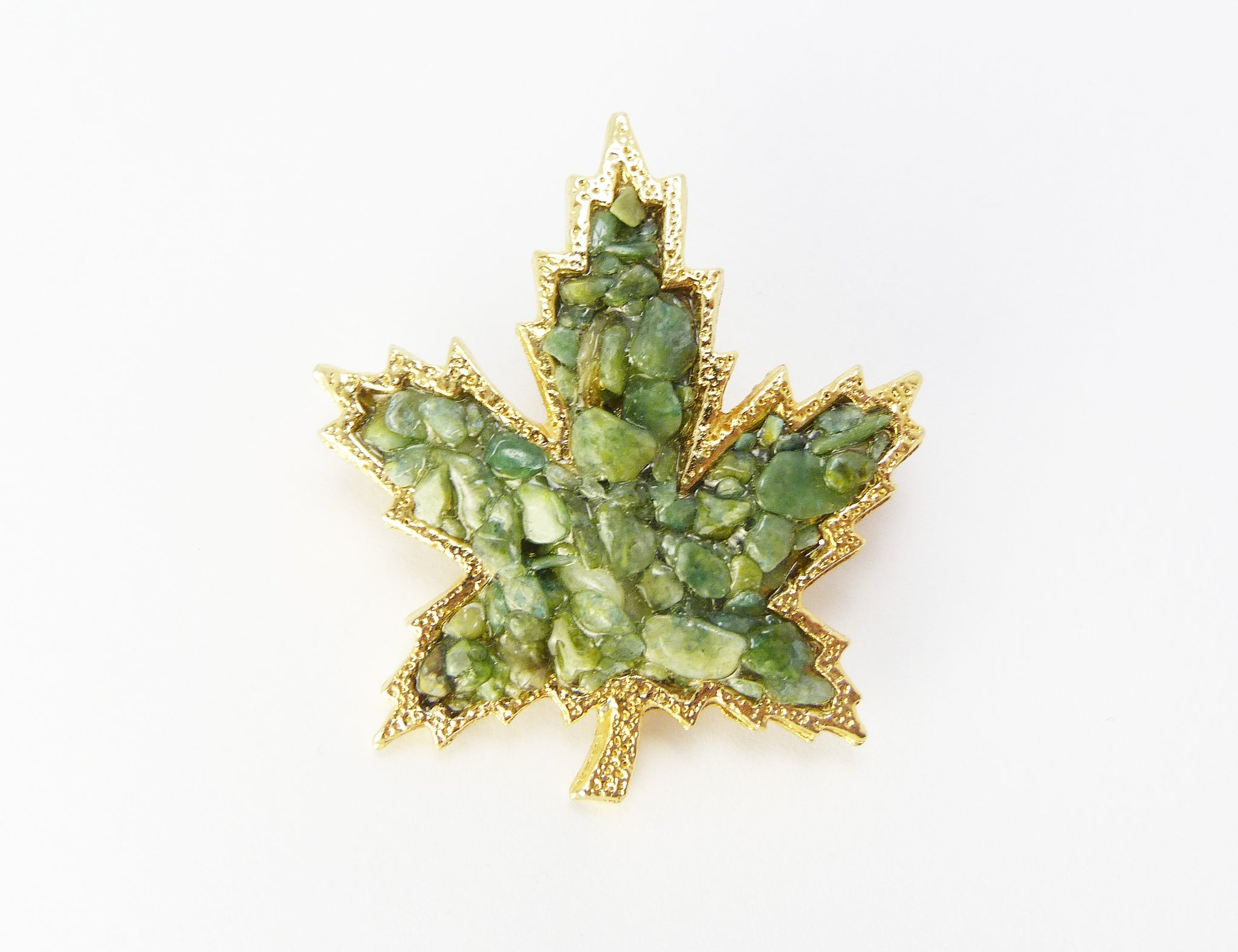 Green Aventurine Chip Maple Leaf brooch