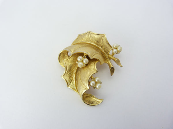 Gold Tone Holly Leaf  Brooch