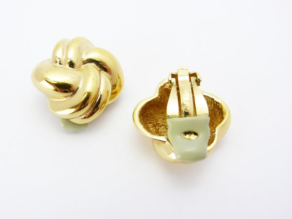 Ciner Gold clip On Earrings