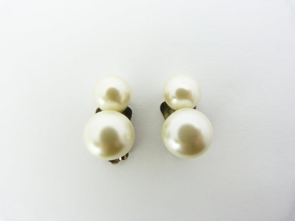 Vintage Faux Pearl Clip On Earrings