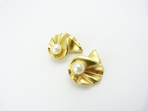 Vintage Large Gold & Faux Pearl Clip On Earrings