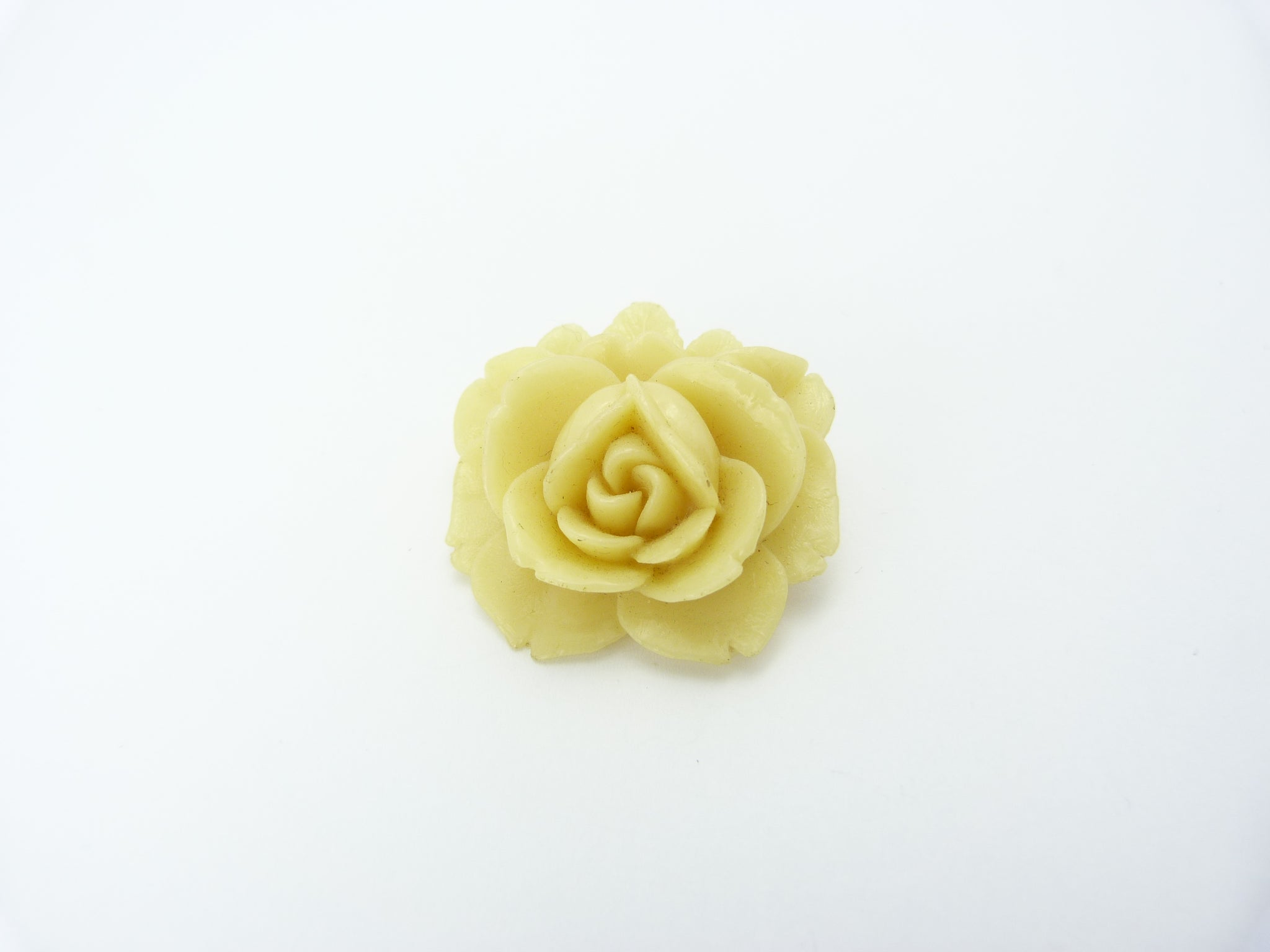 Vintage Art Deco Celluloid Carved Rose Brooch