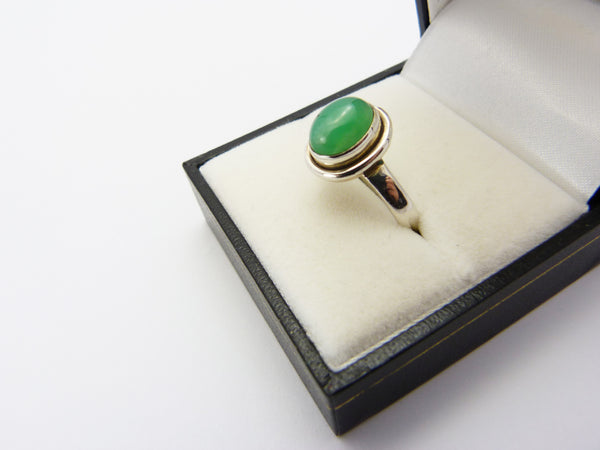 Vintage Sterling Silver 925 & Chrysoprase Ring