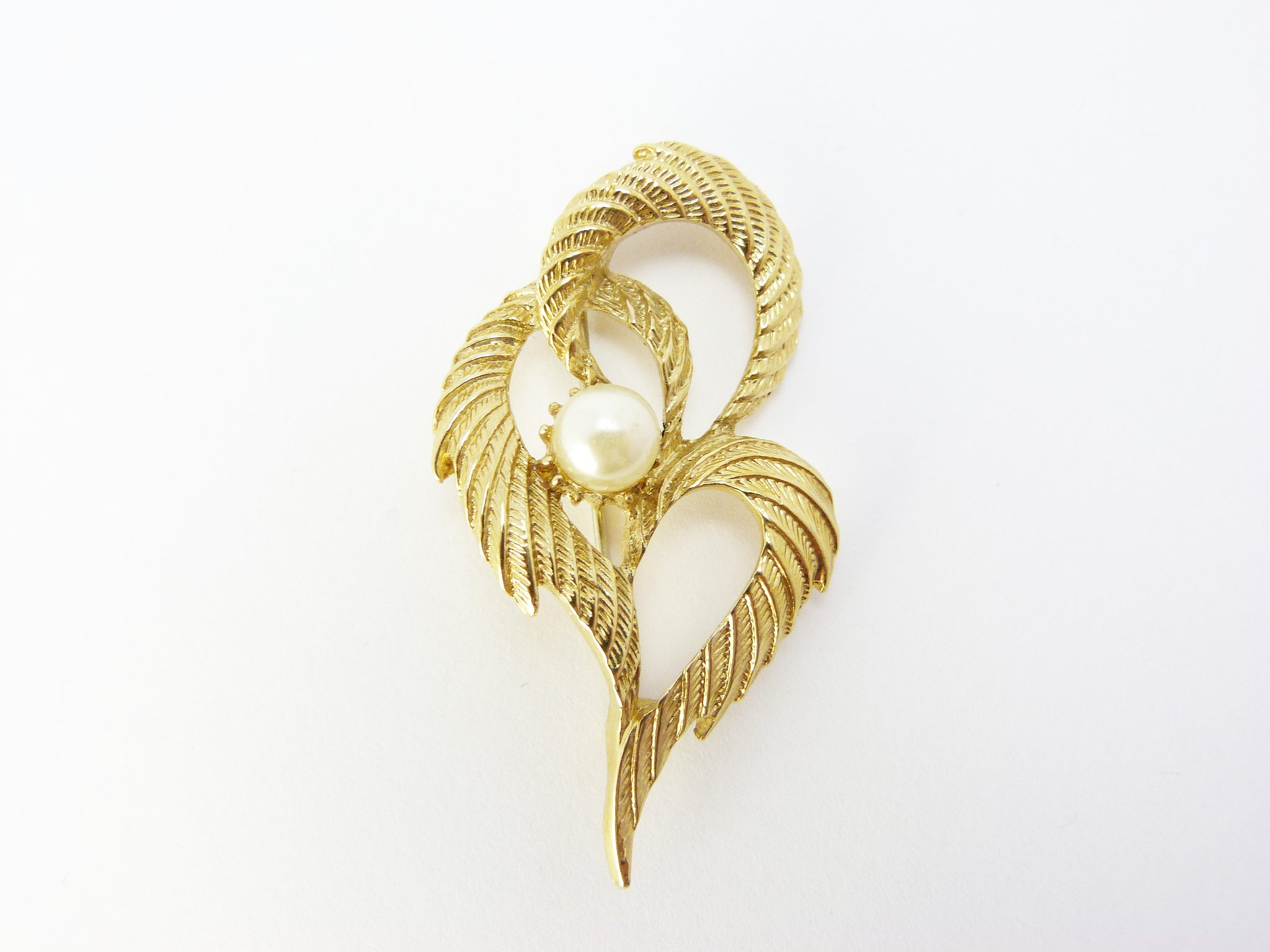 Vintage Abstract Modernist Gold Tone & Faux Pearl Spray Brooch