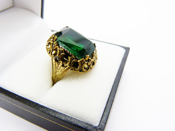 Vintage Art Deco Czech Brass &  Emerald Green Paste Glass Ring - UK Size M