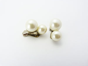 Vintage Faux Pearl Clip On Earrings - Silver & Pearl Clip On Earrings - Pearl Wedding Bridal Earrings