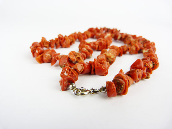 Vintage Natural Red Chip Coral & Silver Clasp Necklace
