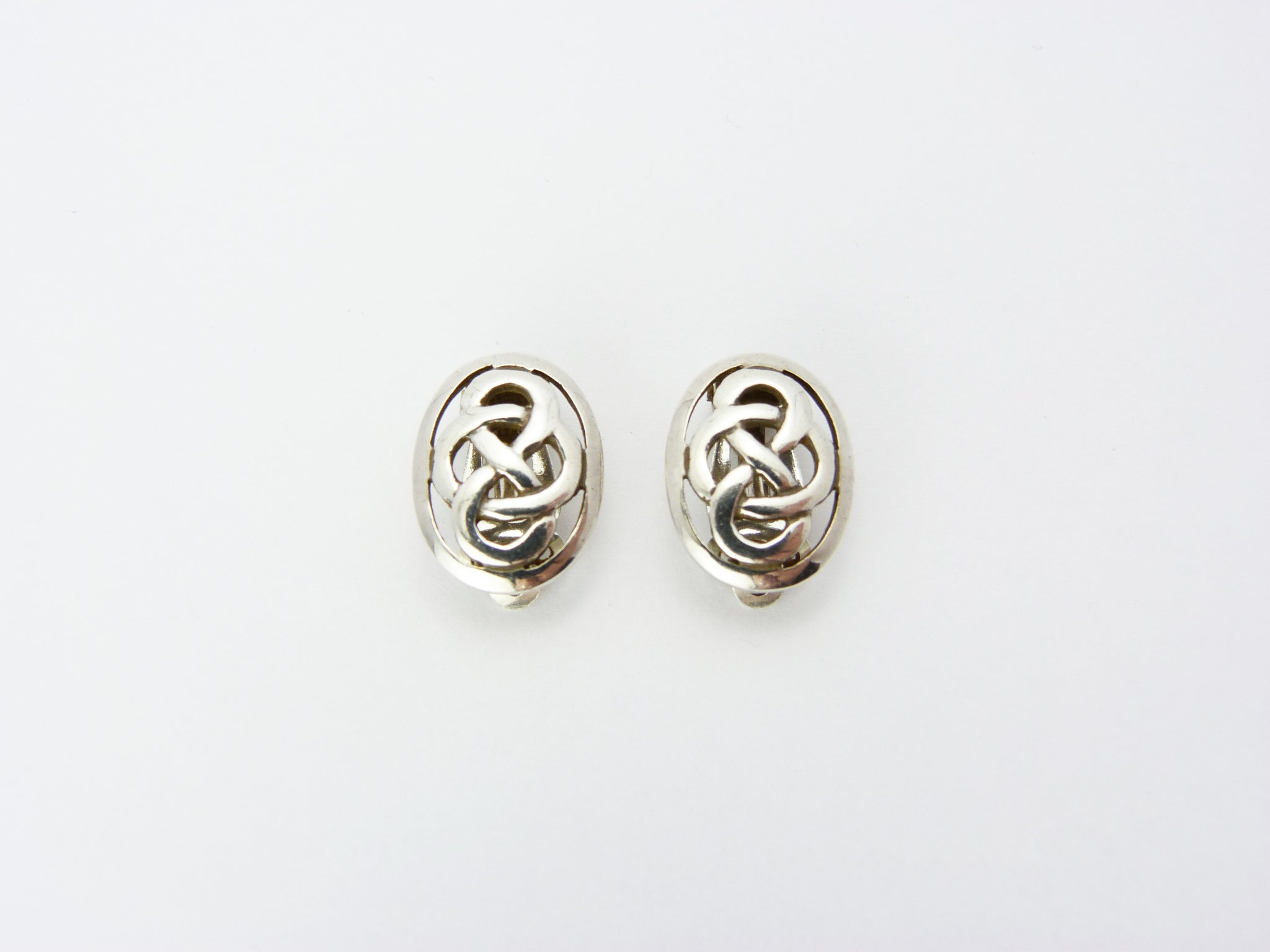 Vintage Sterling Silver Kit Heath Celtic Knot Clip On Earrings - Silver Scottish Celtic Knot Earrings