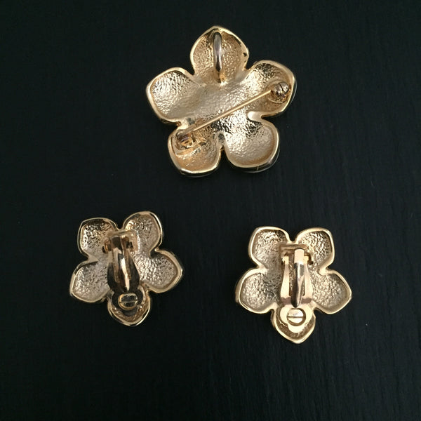 Vintage Pastel Green Enamel Flower Brooch & Earrings Set