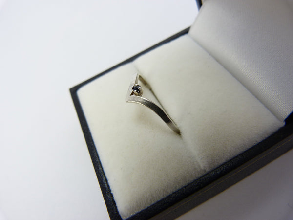 Silver Wishbone Ring Size 0 1/2