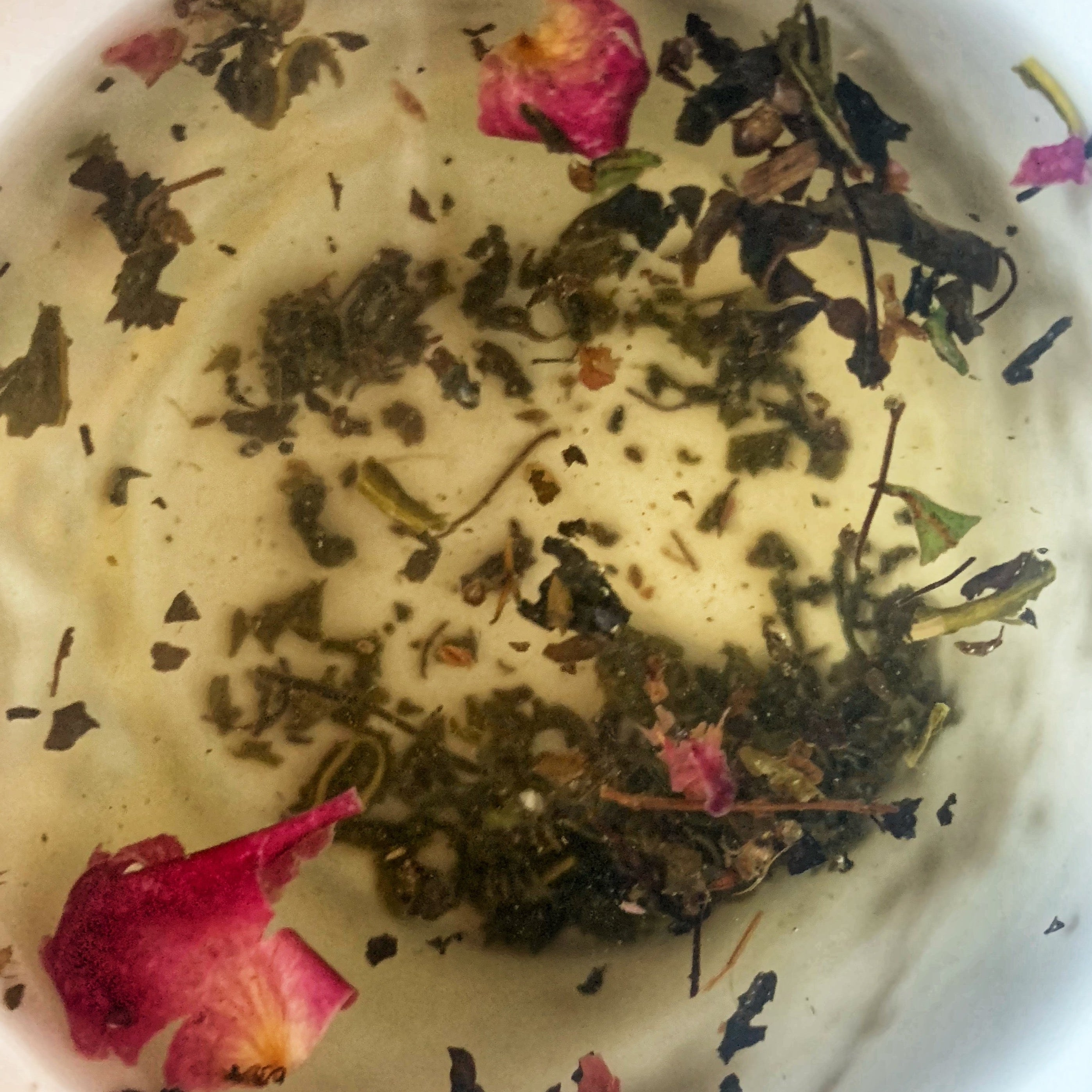Tulsi Rose Green Leaf Tea