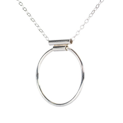 CIRCLE BAR NECKLACE