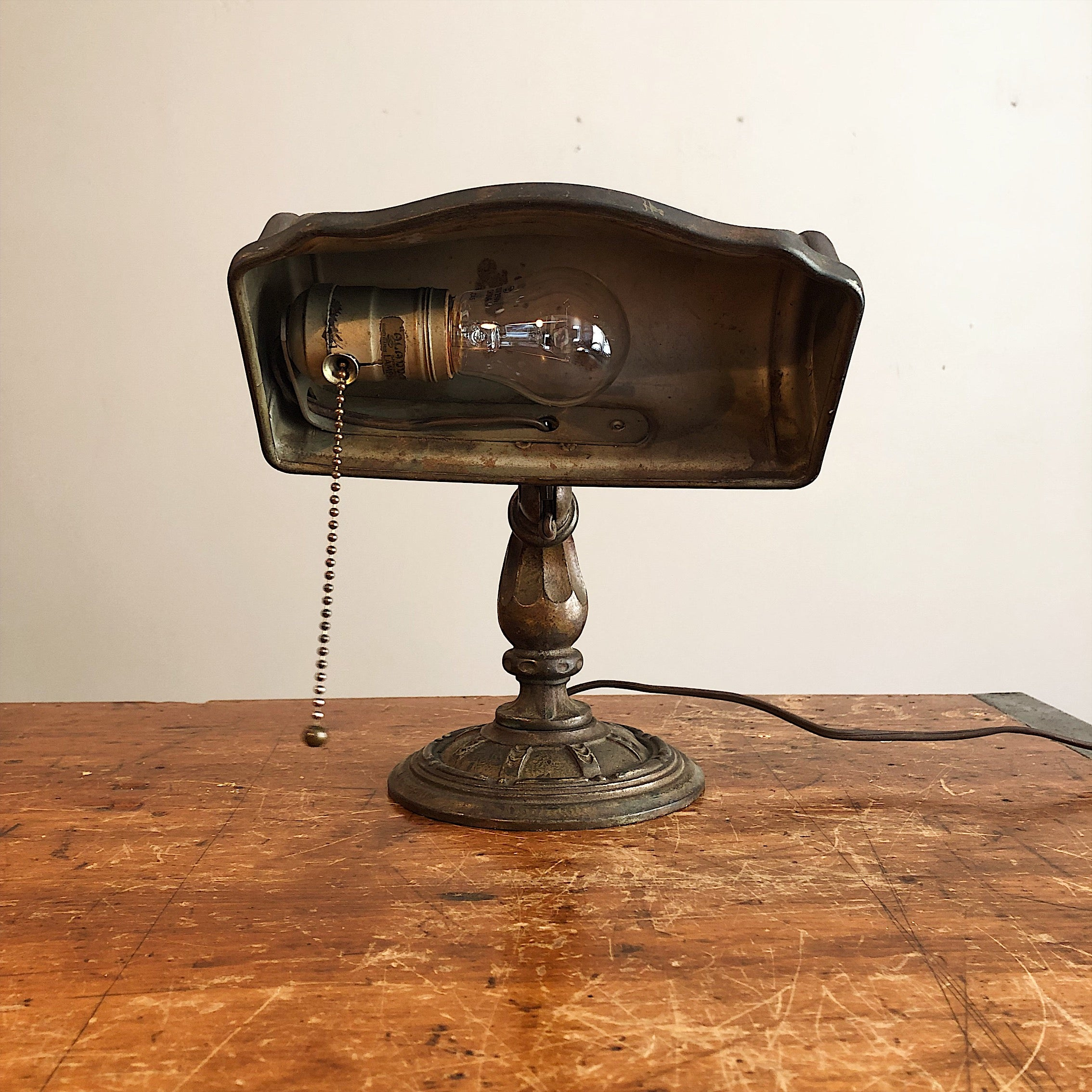 Inside Shade of Rare Aladdin Lamp with Ornate Cast Iron Base - Antique Industrial Decor - Vintage Lighting - 1920s Table Lamp