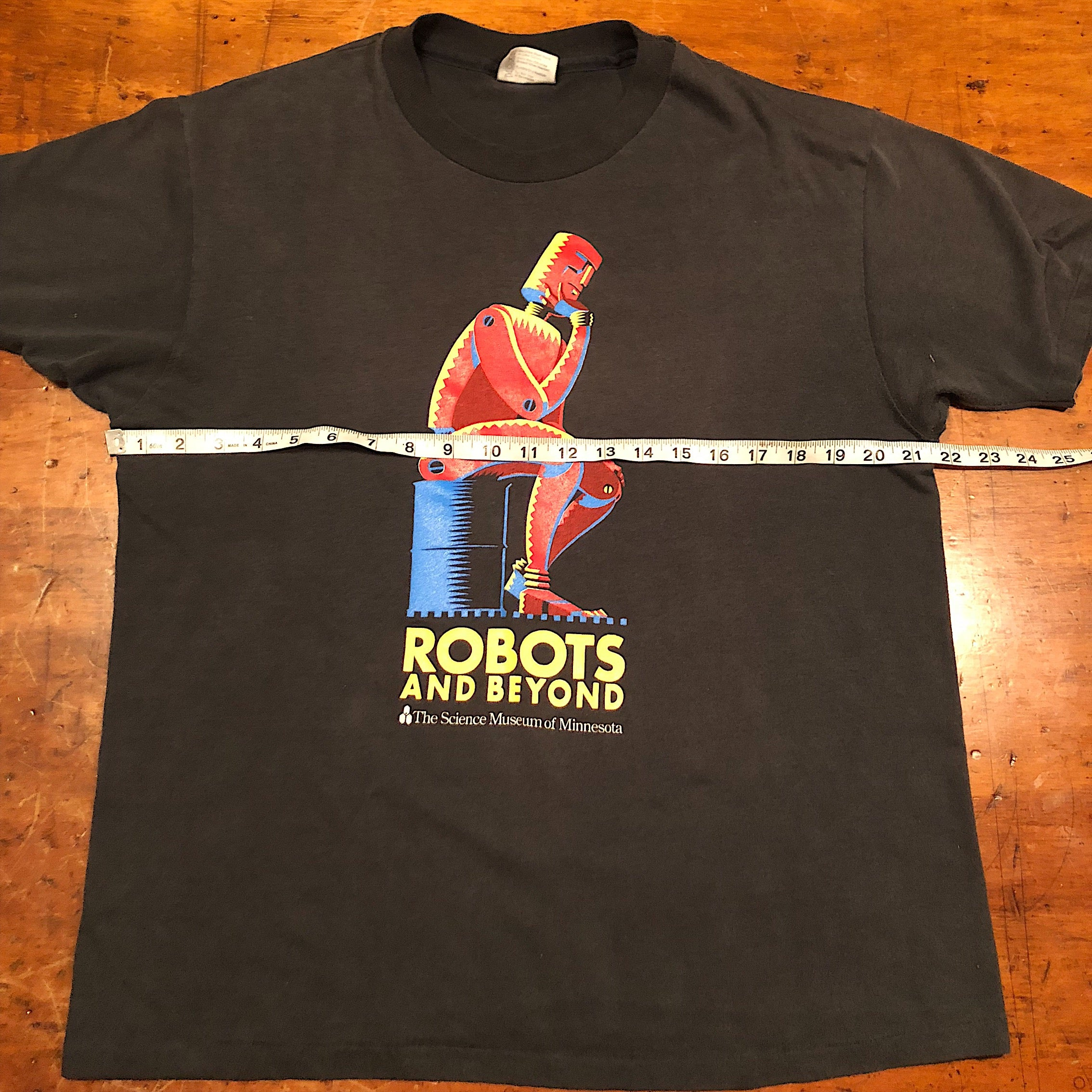 "Rare Robot T-Shirt from Science Museum- Black XL - ""Robots and Beyond"" - 1988"