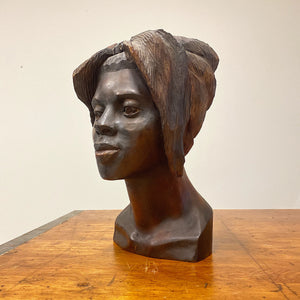 Haitian Wood Sculpture of Female Bust Signed Maurice - 1950s. - Vintage Art Sculptures - Artworks from Haiti - Rare Artwork - Mid Century