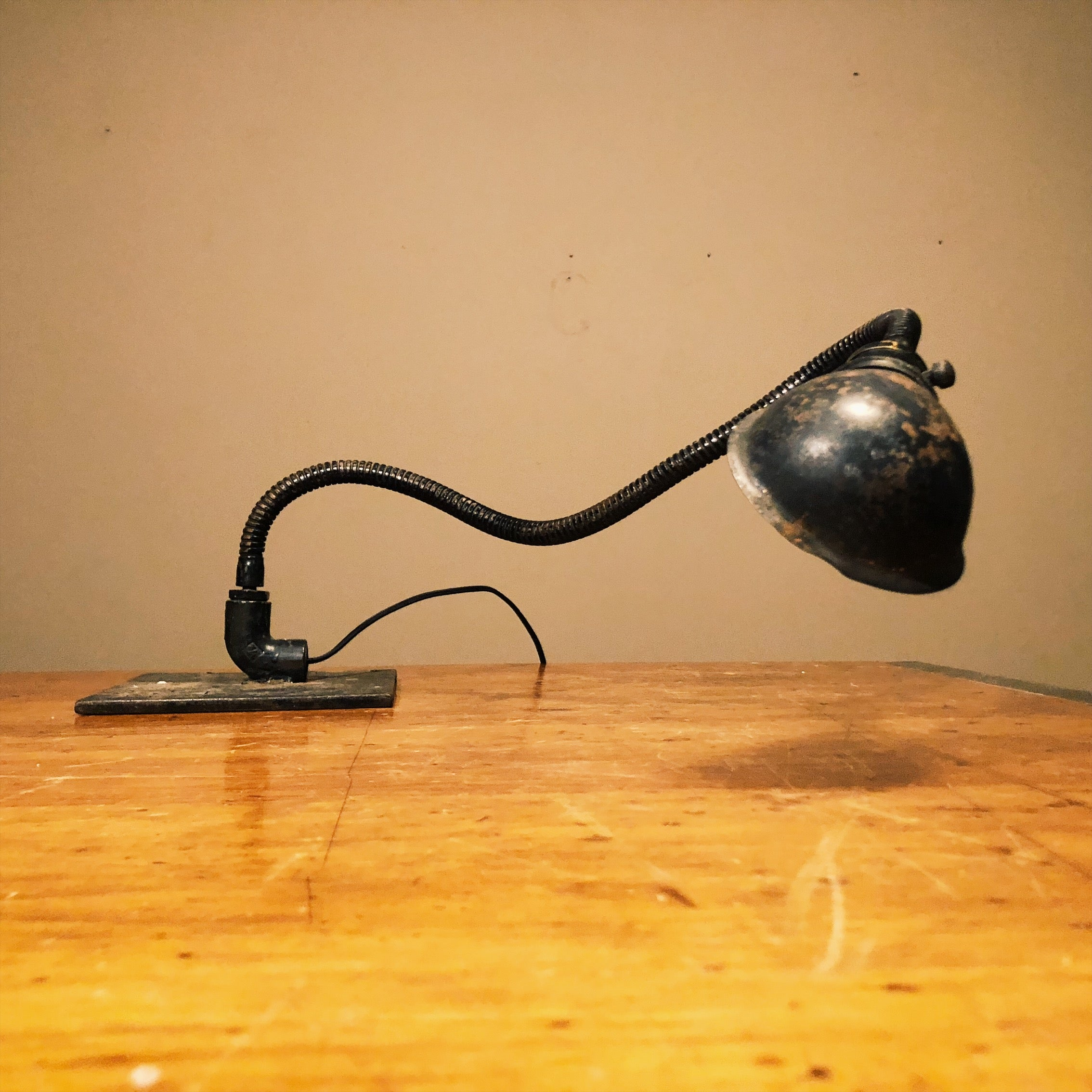 Vintage Industrial Machinist Table Lamp with Hubbell Shade