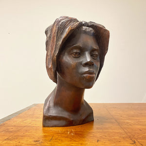 Haitian Wood Sculpture of Female Bust Signed Maurice - 1950s. - Vintage Art Sculptures - Artworks from Haiti - Rare