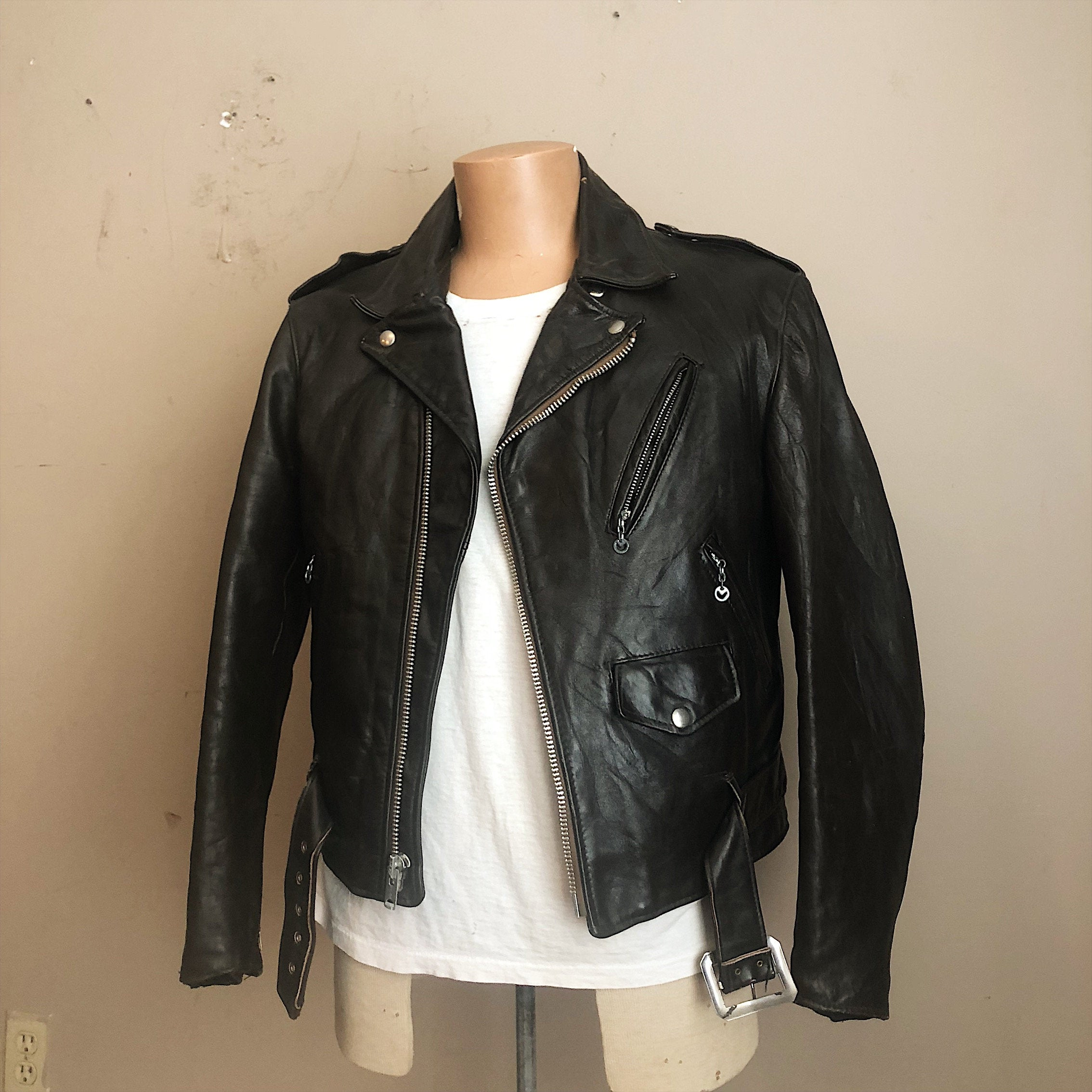 Vintage Schott Perfecto Motorcycle Jacket with Belt - One Star - Size 44 - 1970s Leather - Talon Zipper - The Ramones - Biker -The Wild Ones