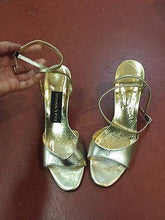 Load image into Gallery viewer, Shoes-Roz & Sherm - Women's Gold Metallic Ankle Strap Heels Size 7.5 - Italian made - Petals and Postings