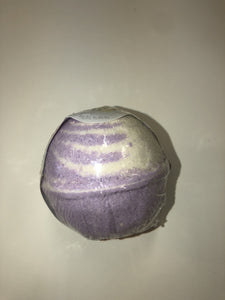 Milk and Quackers Lavender Bath Bomb