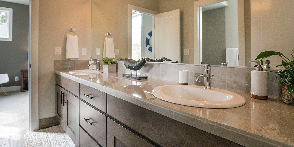 Bathroom design ideas that are traditional.